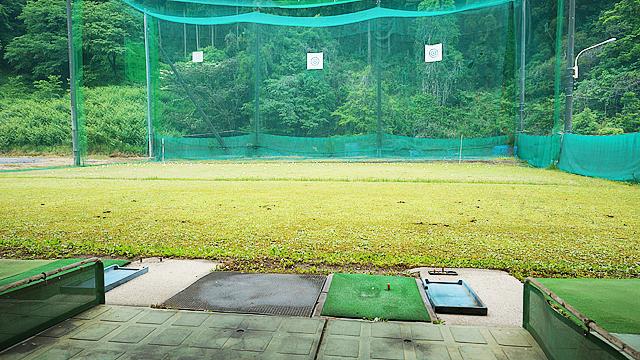 島田ゴルフ練習場内
